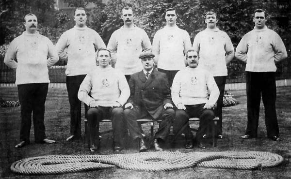 1908 london city polive olympic tug of war team